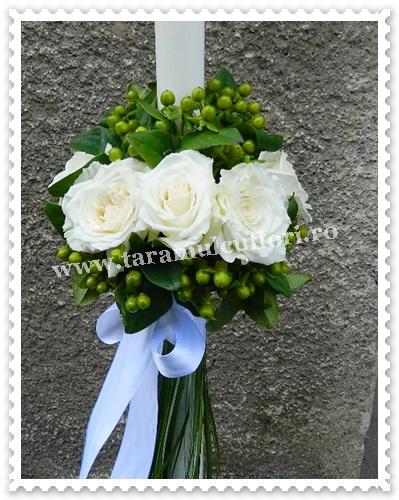 Lumanari de nunta din trandafiri si hipericum.6240